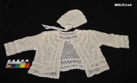 Baby Jacket and Hat (artifacts3321)